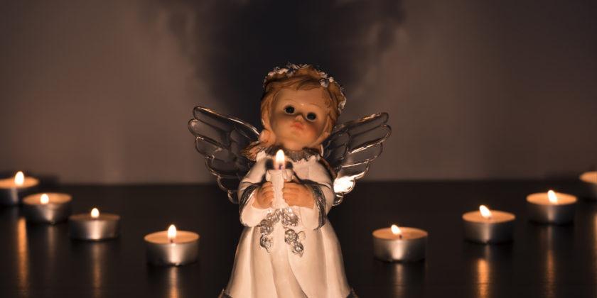ангел и свечки