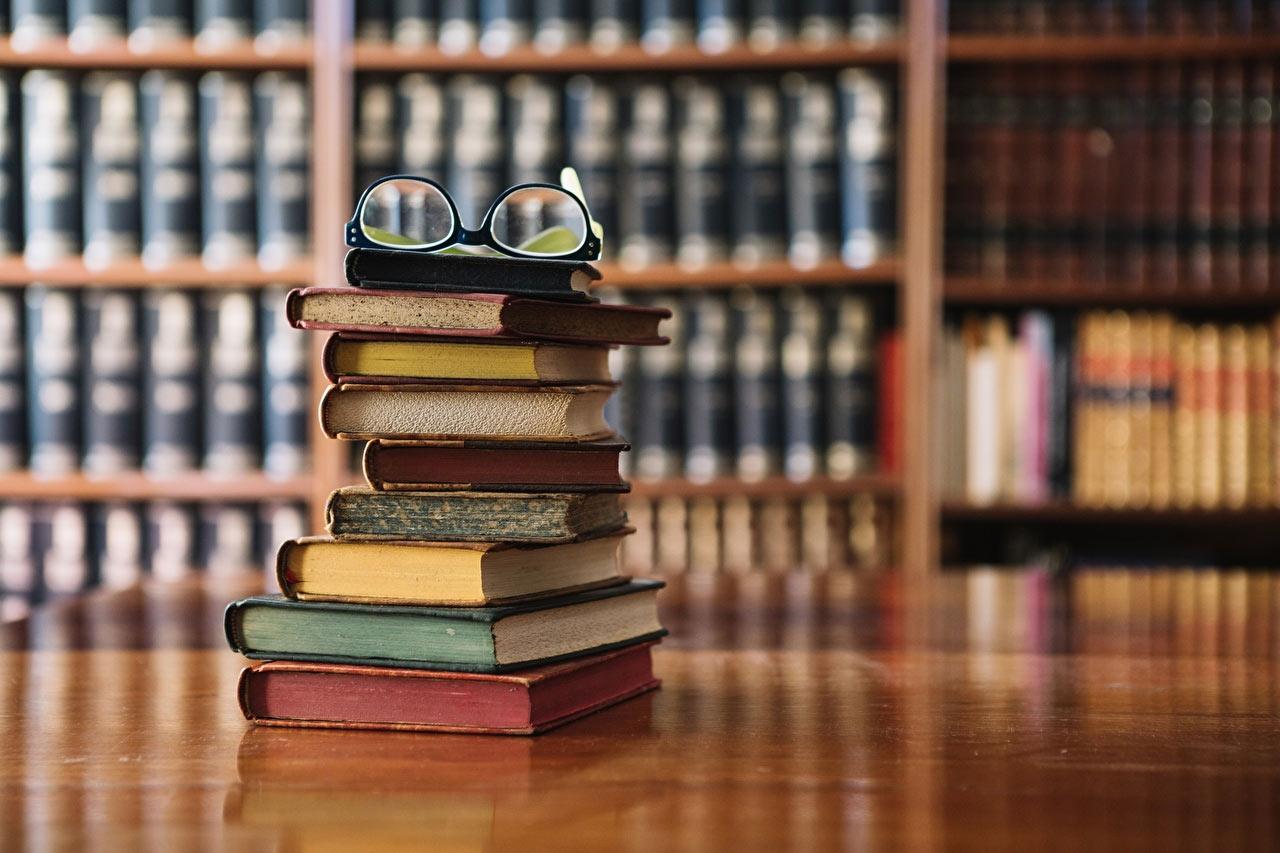 Самые старые книги-юбиляры 2022 года
