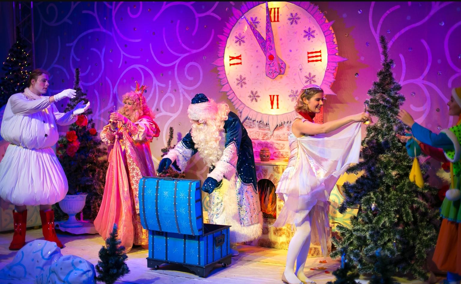 Новогодние утренники и спектакли для детей