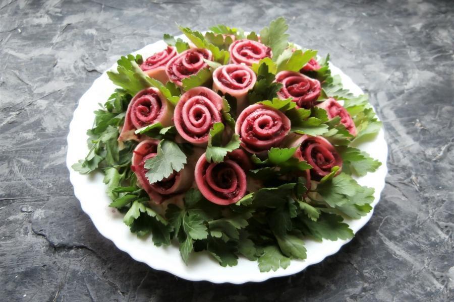 Приготовление салата Букет Роз 2022 - этап 13