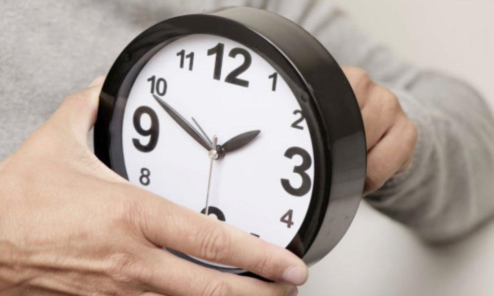 Какие страны будут переводить часы в 2022 году